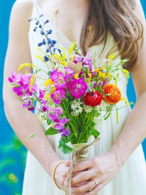 handmade-wildflower-bouquet-boutonierre