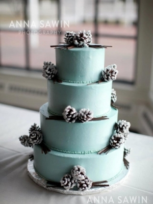 zimniy-svadebniy-tort-0017