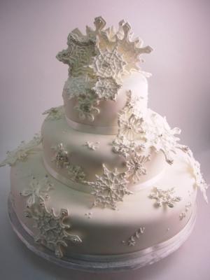 zimniy-svadebniy-tort-0035
