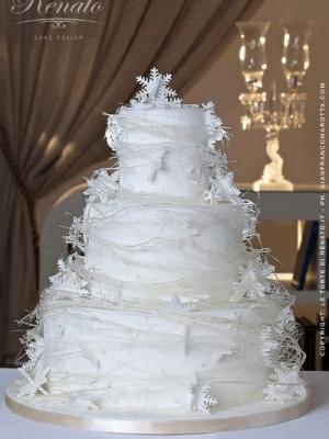 zimniy-svadebniy-tort-0048