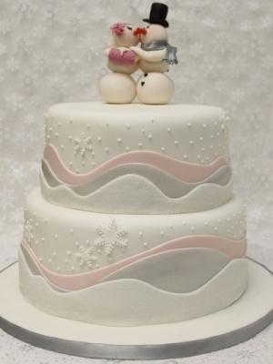 zimniy-svadebniy-tort-0049