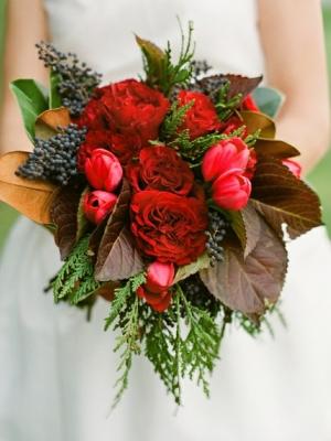 svadebnii-buket-nevesti-dlya-zimnei-svadbi-0016