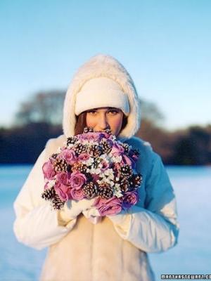 svadebnii-buket-nevesti-dlya-zimnei-svadbi-0027