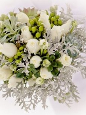 svadebnii-buket-nevesti-dlya-zimnei-svadbi-0030