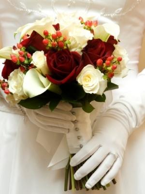 svadebnii-buket-nevesti-dlya-zimnei-svadbi-0043