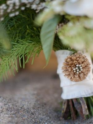 svadebnii-buket-nevesti-dlya-zimnei-svadbi-0067