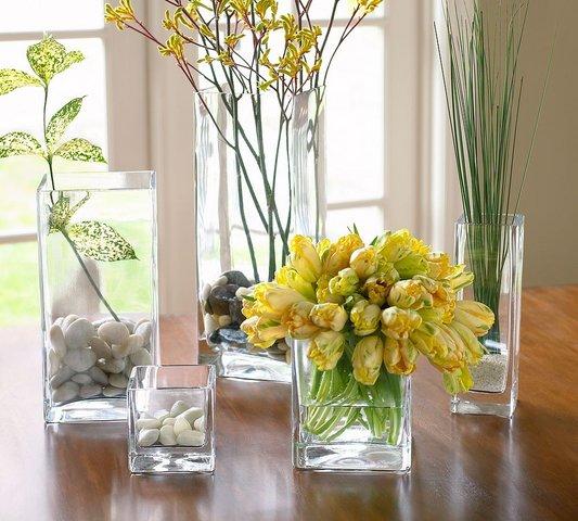 Использовать бокалы в украшении стола