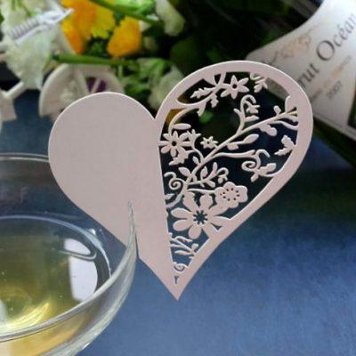 2017-07-04 11-10-57 Сердце любовь лазерная резка Свадебная вечеринка Таблица Wine food имя гостя место карты пользу украшен