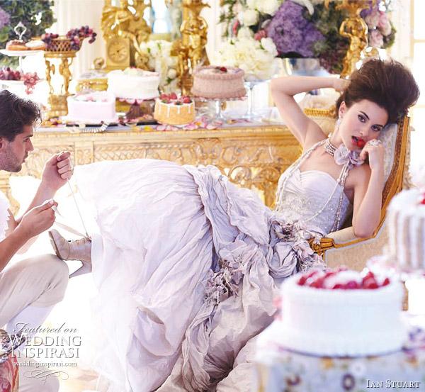 ian-stuart-wedding-marie-antoinette