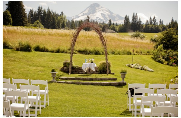 mt_hood_bed_and_breakfast_weddin-28