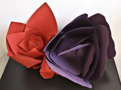 Украшение зала цветами из бумаги своими руками