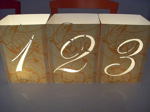необычный номер стола с подсветкой подсвечник своими руками
