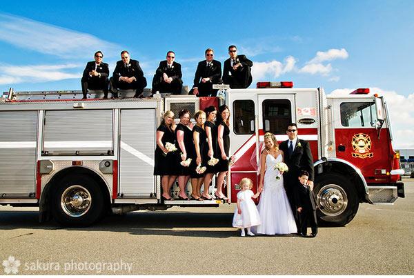 Винтажная пожарная машина для свадьбы