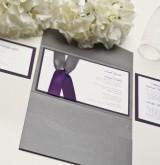 priglashenie-na-svadbu-s-lentoi-fioletovii-serii