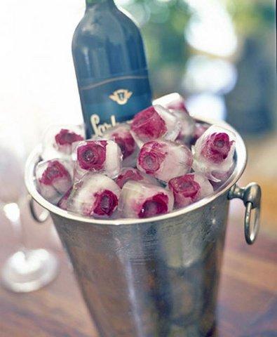 шампанское с розами из льда с ледяными розами со льдом