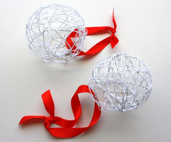 Новогодние шарики маленькие своими руками