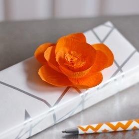 cvety-iz-krepovoj-bumagi-4