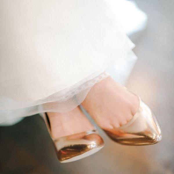 Копия Gold_bridal_shoes_01