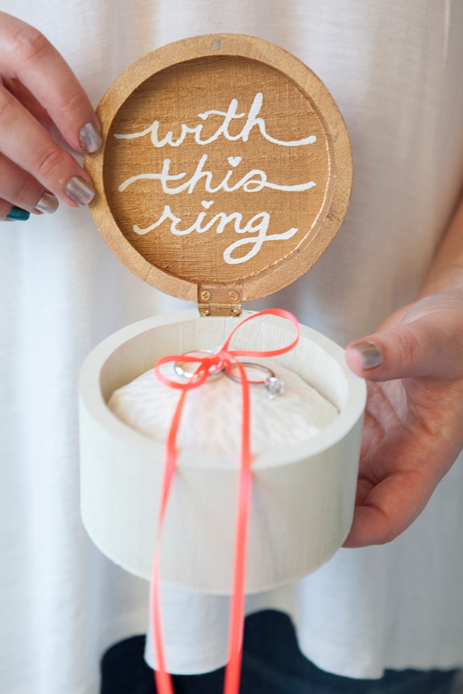 01-SomethingTurquoise-DIY-wooden-ring-bearer-box-with-this-ring_0001