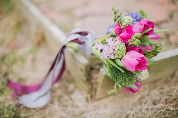1392663833_content_DIY-Spring-Bouquet__7_