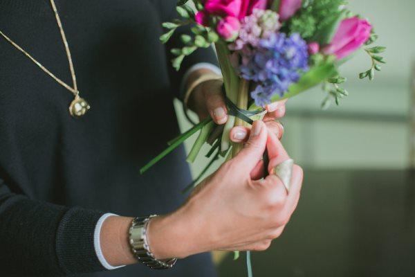 1392667619_content_DIY-Spring-Bouquet