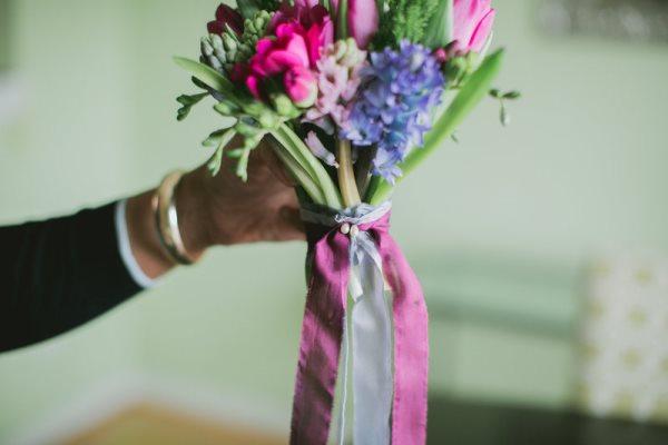 1392667653_content_DIY-Spring-Bouquet__3_