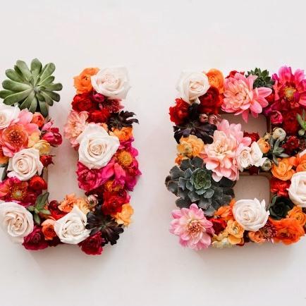 Буквы из цветов картинки 5