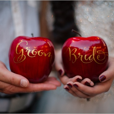Копия brideandgroomappleescortcards