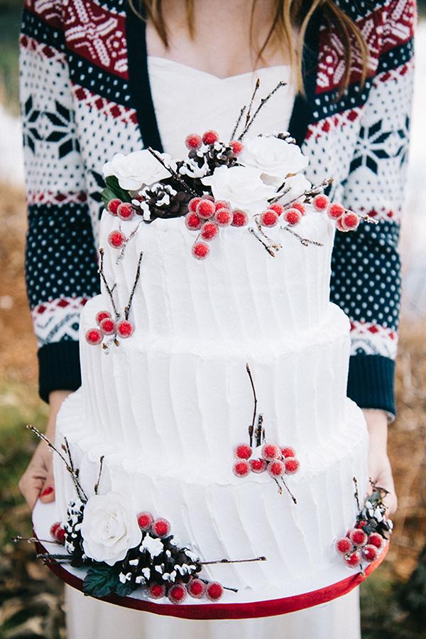 18-festive-styled-wedding-winter-woods-corgi-holiday-sweater