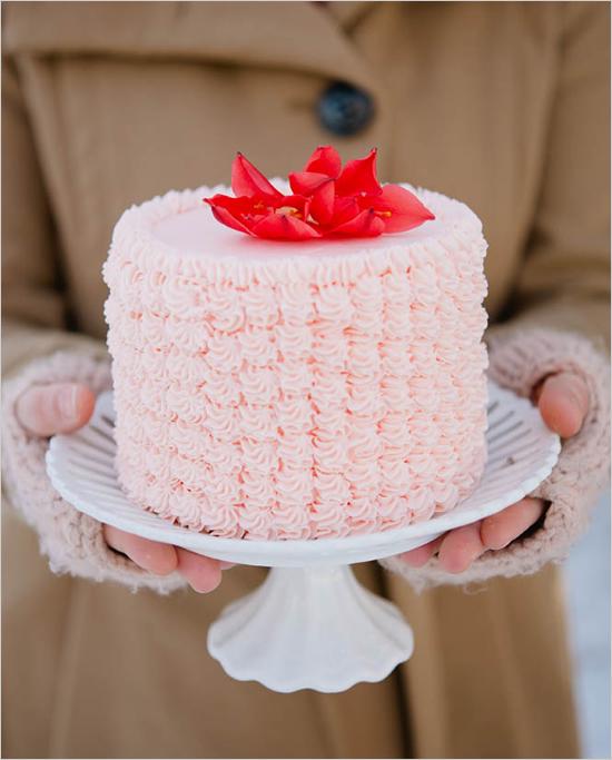 pink_ruffle_cake